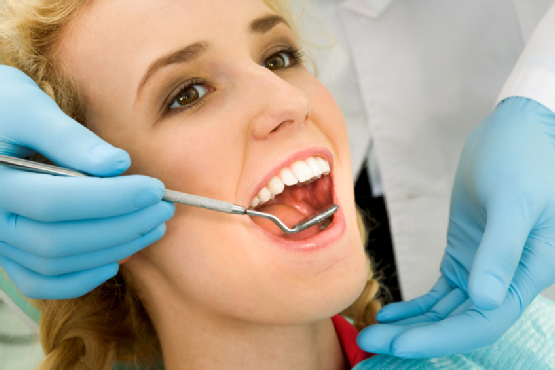 Lakewood general dentist services teeth cleaning and restorative procedures.